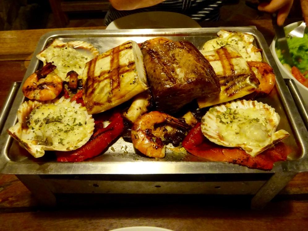 Seafood parrillada
